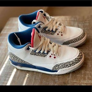Retro Air Jordan 3 Retro OG BG Size Wmn 7/Youth 6